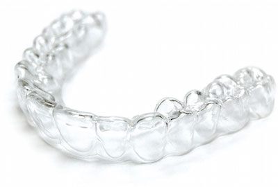 ClearCorrect – The Alternative to Metal Braces